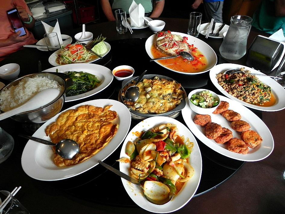 (태국여행)방콕과 파타야 여행의 숙소인 호텔과 먹거리들